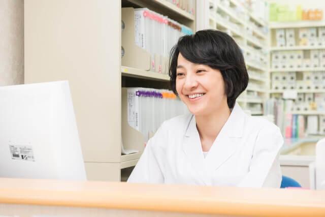 調剤薬局事務のイメージ 女性